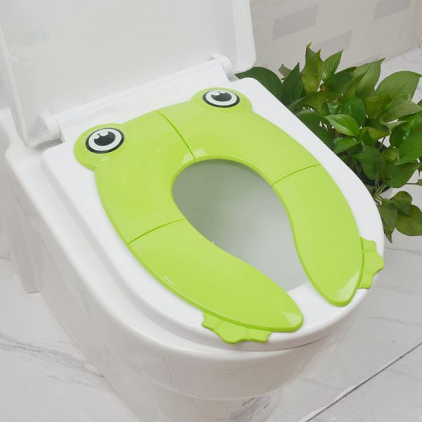 Eazy Kids Foldable Travel Potty with Carry Bag - Green